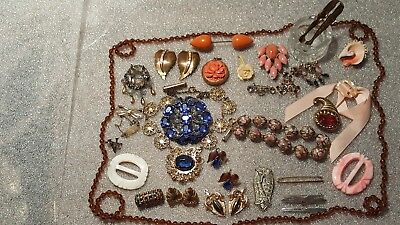 61233d210 Lot of Vintage Antique Jewelry Pins Earrings Necklaces Dress Clips Hat Pin
