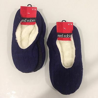 BNWT Boys or Girls  Red Robin Brand Cable Knit Booties Sz 3-8