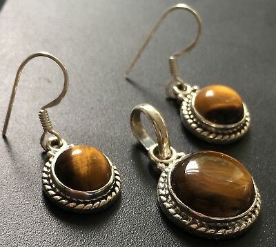 Elegant 925 Sterling Silver Tiger's Eye Round Pendant and Drop Earring Set