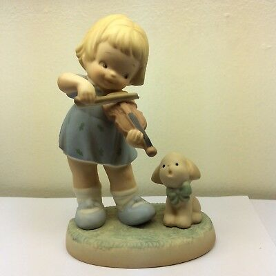 Lucie Attwell Join Me For a Little Song Porcelain Figurine 1995 Enesco #3274