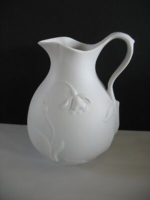 1993 MMA Metropolitan Museum Of Art Jonquil White Parian Bisque Pitcher 9""