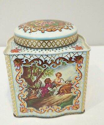Vintage Daher Squarish Lovers Outing Picture Tin with Lid Made in England