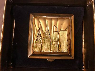 Estee Lauder Lucidity NY City Compact