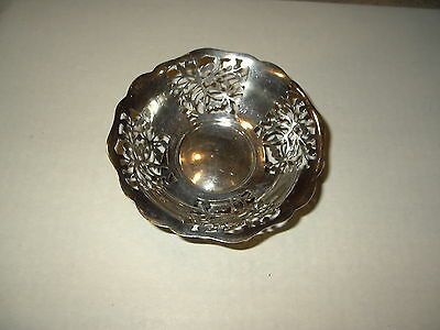 Vintage Silver Plated Scalloped Pierced Design Hollowware Bowl England