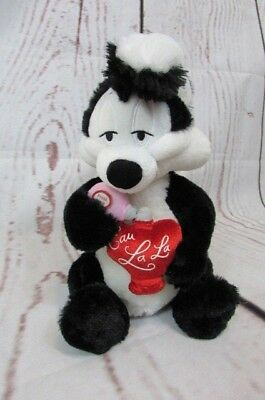 "Hallmark PePe Le Pew plush Talking Skunk Stuffed Animal 13"" Love day Eau lala"