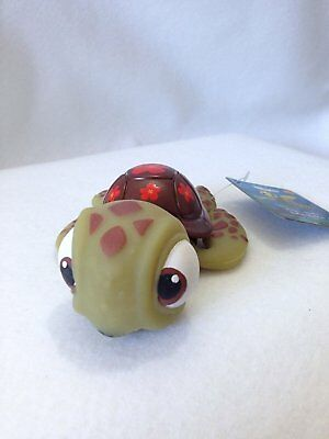 Disney finding Nemo Squirt life-like stretchable