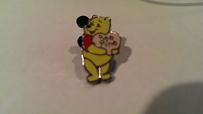 Disney Trading Pins-Winnie the Pooh-Happy Everything Valentines Day