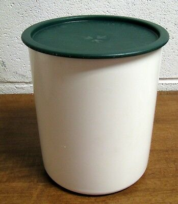 Tupperware White One Touch C Canister 2418-B 8 Cup Size w/ Green Lid 2419-A