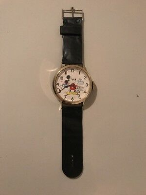 Mickey Mouse The Disney Channel Collectors Edition Wrist Watch Wall Clock