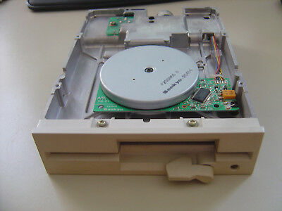 """Chinon FR-506 5.25"""" 1.2MB Biege Internal Floppy Drive (Untested)"""