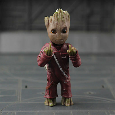 1pc Guardians of the Galaxy Vol.2 Baby Groot Middle finger Key Chain Figur E