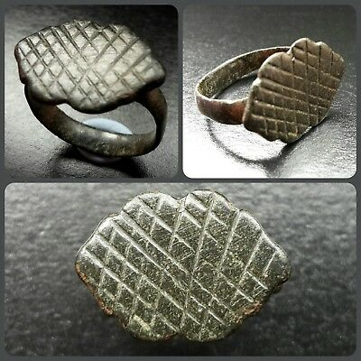 Medieval Thimble Ring With Crosshatch Bezel Design 13Th Century A.d.