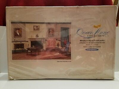Queen Anne Collection - Miniature Dollhouse Furniture - Living Room, Kit 205