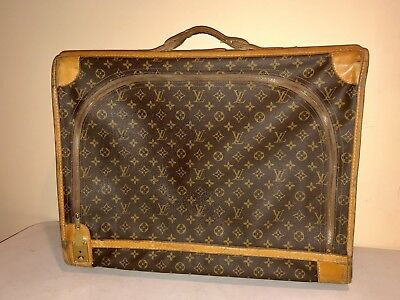 311b63a77b40 VINTAGE LOUIS VUITTON LUGGAGE SUITCASE FRENCH CO. MADE IN USA Authentic  Medium