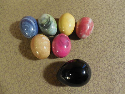 Vintage Lot of 6 Alabaster Colored Easter Eggs Made in Italy & Black Stone Egg