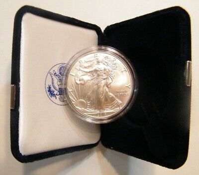 2018 American Uncirculated Silver Eagle w/US Mint Velvet Box and Capsule US Coin
