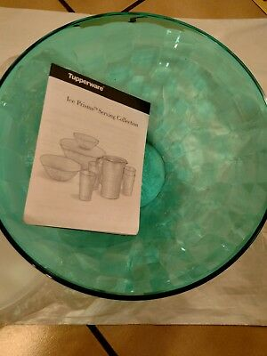 Tupperware bowl with lid/ Tropical Water Prism bowl