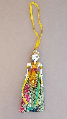 """Indonesian"""" WAYANG GOLEK"""" Theater Hanging Ornament Doll Painted Carved"""