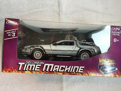Loot Crate DX Exclusive Delorean Time Machine Back to the Future September 2016