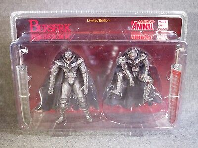 BERSERK Guts : Armored Figure Young Animal Limited Edition ART OF WAR Japan Rare