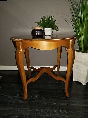 Ethan Allen Country French Fabian Round End Side Accent Wood Table