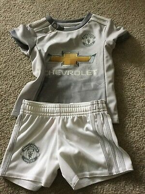 Manchester United Football Kit Age 3/6 Months Bnwot