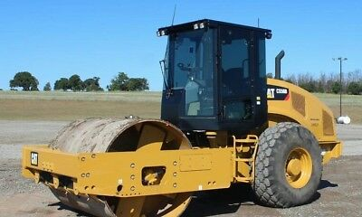 2013 Roller Caterpillar CAT Clean , Low ours