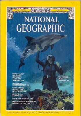 national geographic-APR 1979-DOLPHINS.