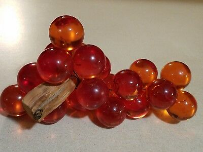 Vintage ORANGE RED Mid Century LUCITE / ACRYLIC Grape GRAPE Cluster & DRIFTWOOD