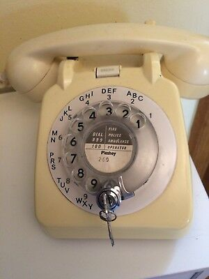 OLD FASHIONED PHONE Antique Desk Telephone Ring Retro Vintage