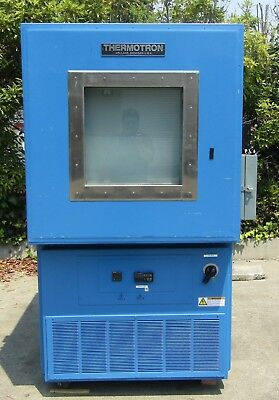 Thermotron S-16 Temperature Environmental Test Chamber AS IS