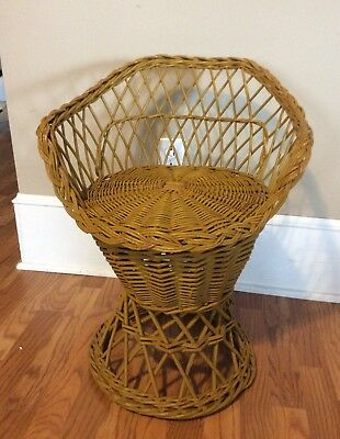 Vintage Wicker Rattan Chair Child or Teen Vanity Size Shade of Yellow