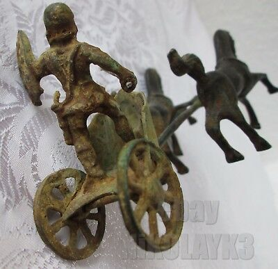 🚩early ANTIQUE BRONZE GREEK / ROMAN SOLDIER w/ HORSES CHARIOT figure statue old