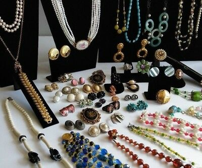 Jewelry Lot Wearable Resell-able Vintage/Retro Mix - 25+ PIECES +Free
