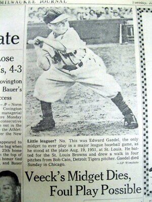 3 newspapers w Major League ST LOUIS BROWNS midget baseball player EDDIE GAEDEL