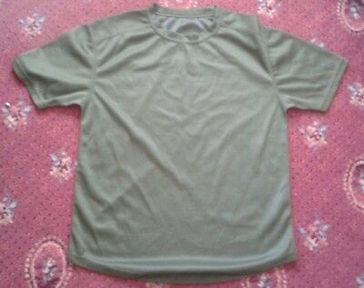 PREM GRADE - British Army Issue GREEN Self Wicking T Shirt (Hiking / Running)
