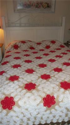 """Vintage Chenille Bedspread 90"""" x 98"""" White Curly Q's Red Flowers Brown Cutter"""