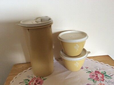 1960/70s RETRO TUPPERWARE -- 3 PIECES