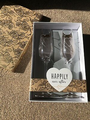 Wedding Gift Champagne Flutes Hearts Diamontes New