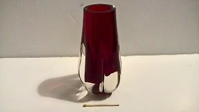 Vintage ruby red glass vase Whitefriars #9727 lobed Geoffrey Baxter 60s England
