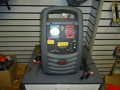 Robinair 25200B Oil-Less Refrigerant Recovery Unit. Great condition lightly used