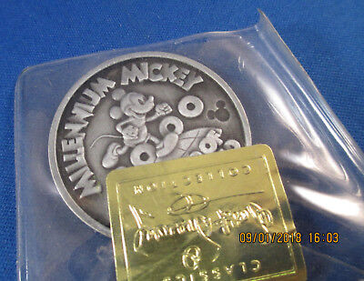 Millennium Mickey On Top Of The World Coin Goofy Moving Day Disney Collectible