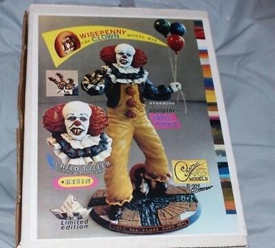 Pennywise IT The Clown VINTAGE statue