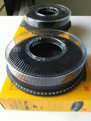 Kodak Carousel S-AV 2000 SLIDE PROJETOR TRAYS Round x 2, lightly used, Slides