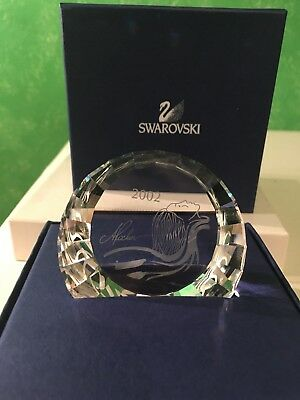 Swarovski Collectors Society 2002 Isadora Paperweight With Box