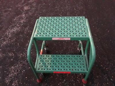 Ladder Industries Rolling Step Stool