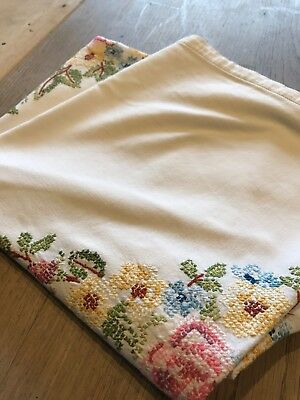 Beautiful Vintage Linen Cross Stitch Hand Embroidered Table Cloth 49""