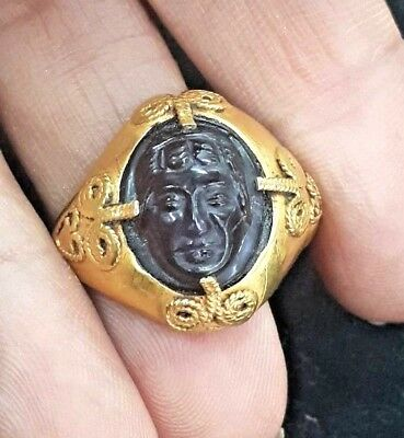 ANTIQUE Carnelian Cameo Greek king Caesar  Genuine Solid 22k Gold Hammered Ring