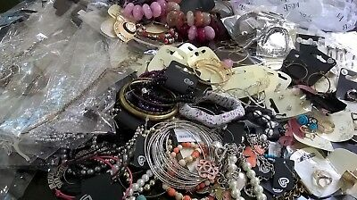 Job lot/ Fashion Jewellery x 10 packs/New with tags/wholesale jewellery