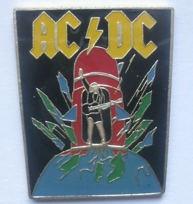ACDC / HARD ROCK / AUSTALIEN / ANGUS MALCOM YOUNG .....Musik Pin